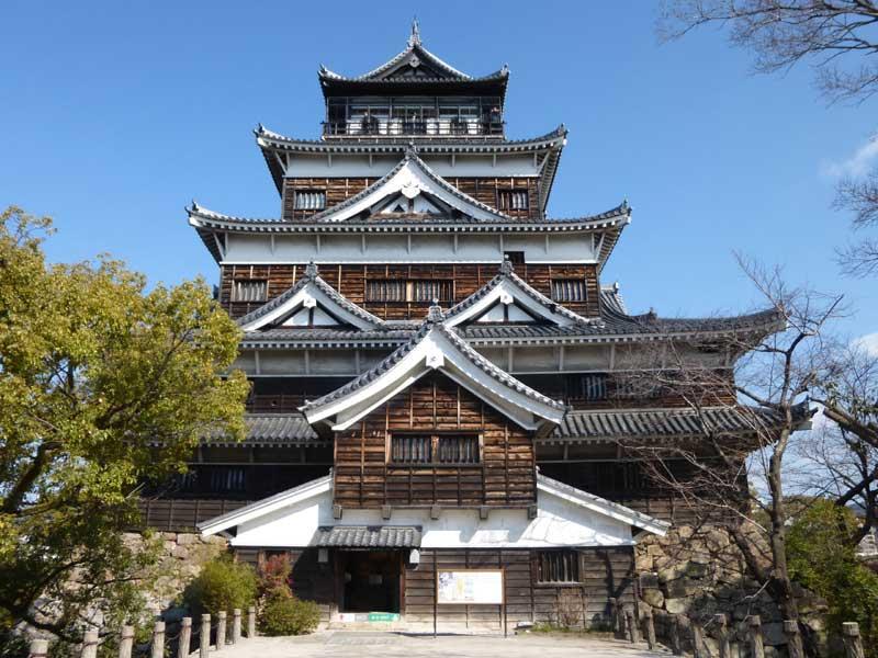 天守再建60周年記念展「感謝・還暦!広島城~よみがえった城」