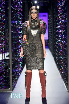 delhi-couture-week-2012-manish-arora4-001