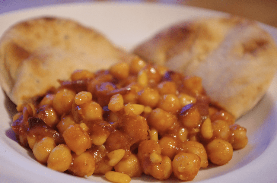 Me & Hugh: Chickpea Ketchup Curry