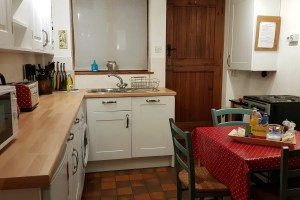 Dove Cottage, Tideswell, Peak District Holiday - Kitchen / Diner