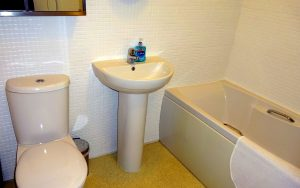 Cherry Cottage, Youlgrave, Peak District Holiday - Bathroom