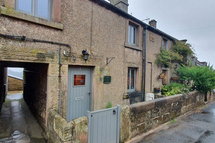 Carpenters Cottage, Elton