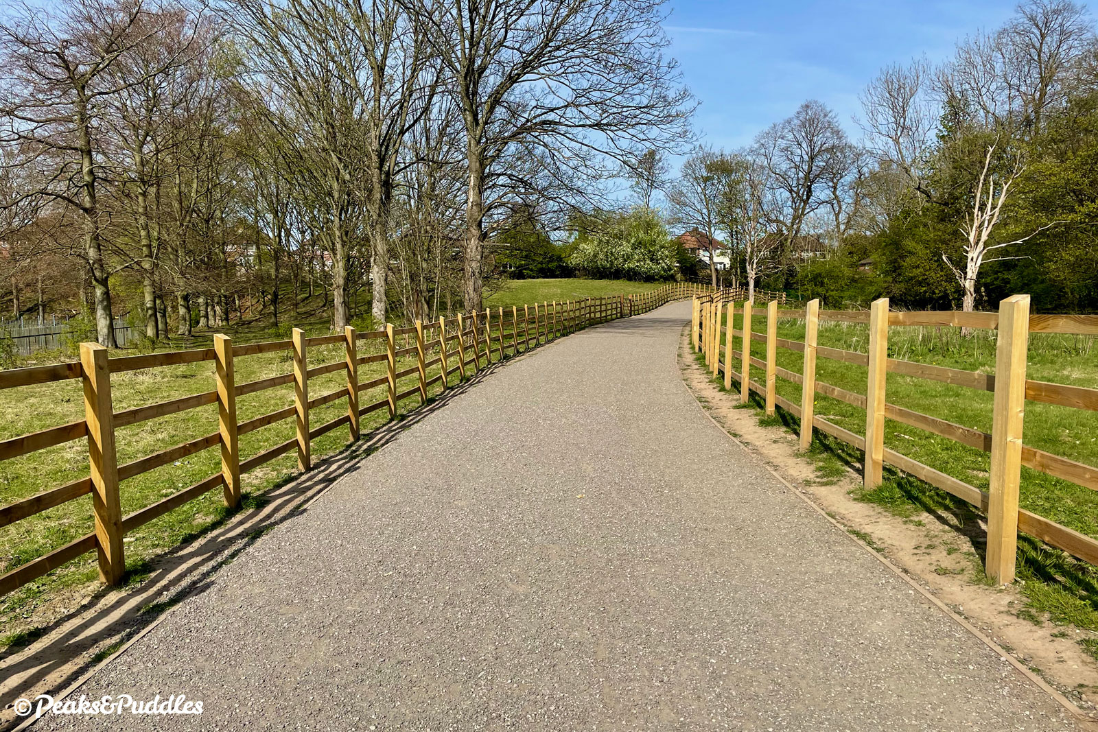 Beyond the bridge, the exceptionally wide gravel track now veers north to connect with the longstanding bridleways of Lower Bredbury.