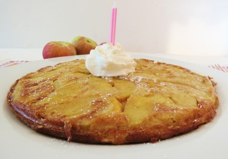 Whole Wheat Yogurt Apple Pancake