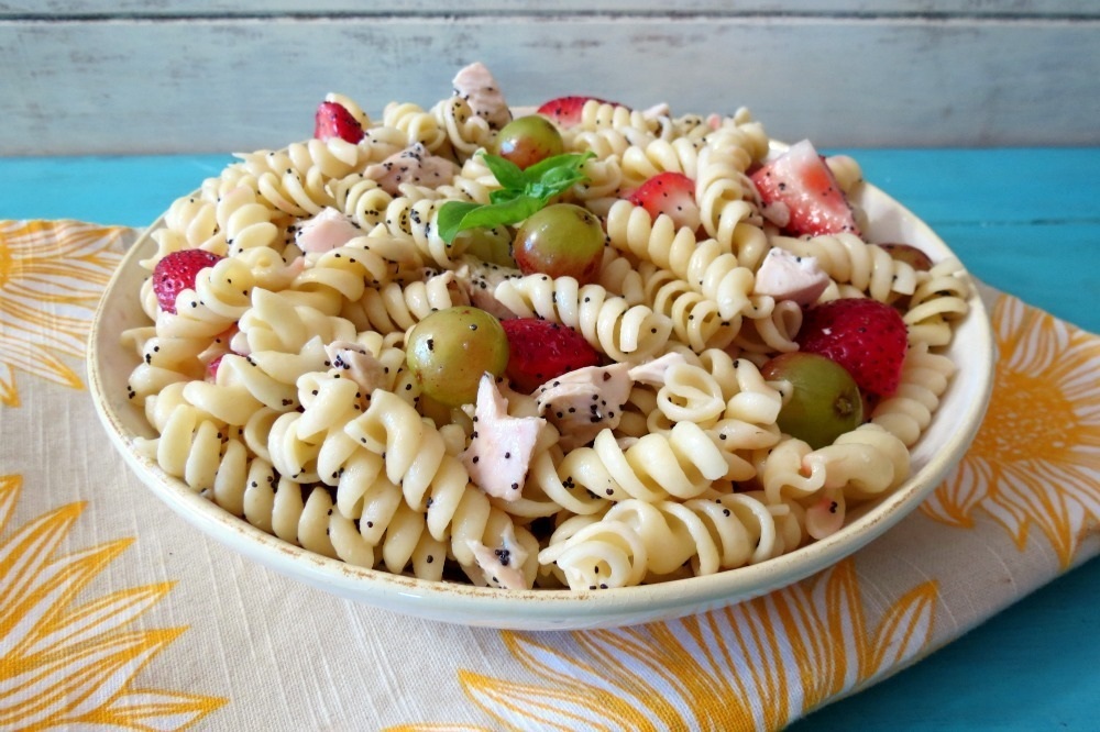 Strawberries and Chicken Pasta Salad with Poppy Seed Dressing # ...