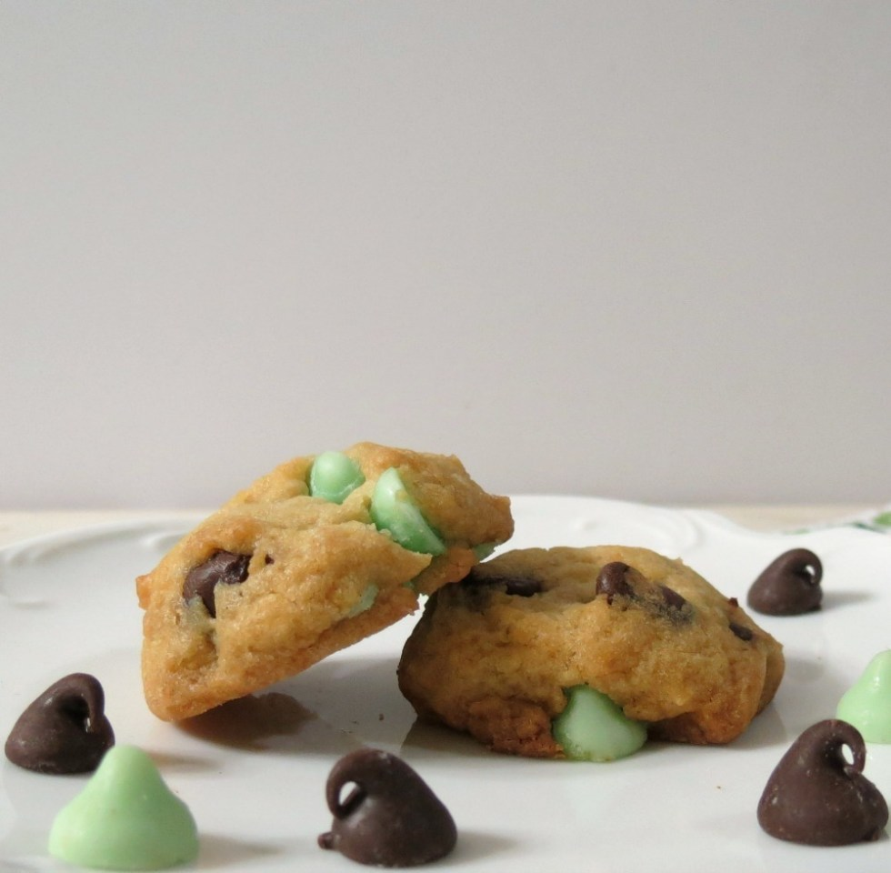 Lightened Up Mint Chocolate Chip Cookies #Healthierholidays