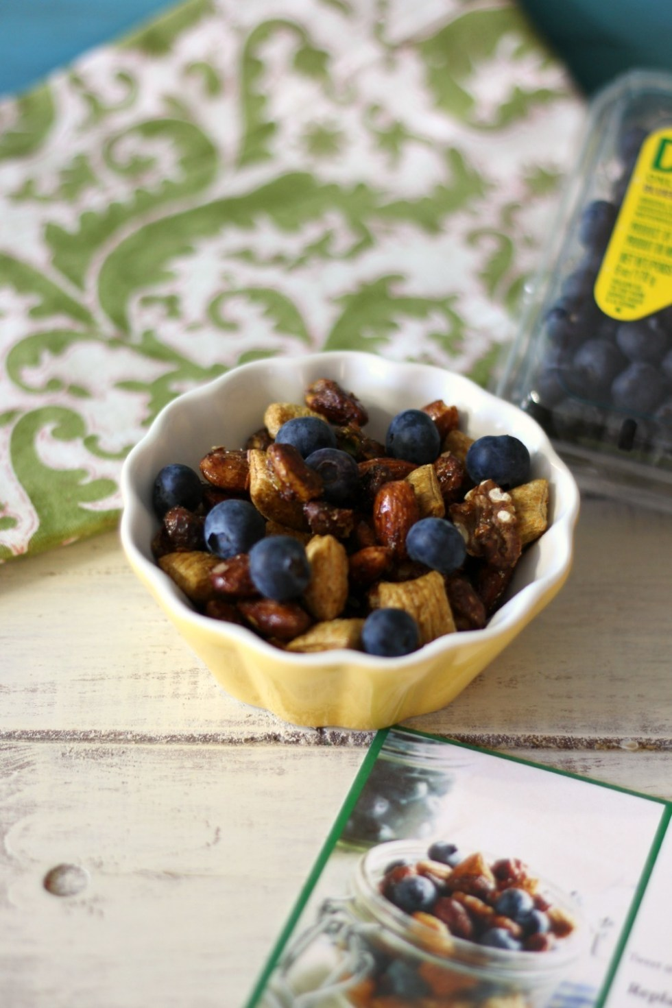 Blueberry Trail Mix ##3pmSnack