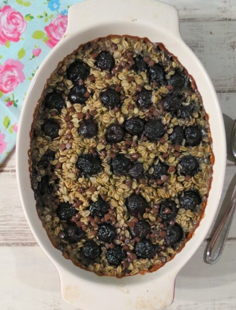 Cherry Chocolate Chip Baked Oatmeal
