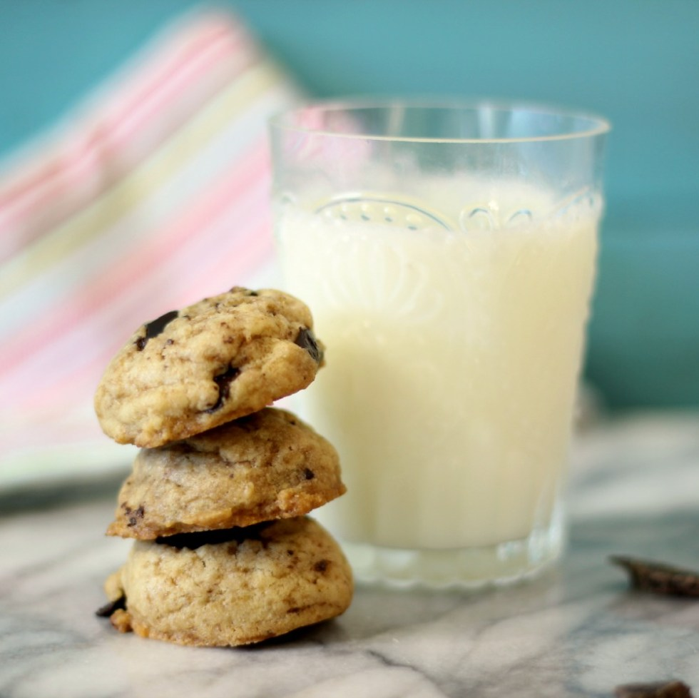 Coconut Oil Chocolate Chip Cookies