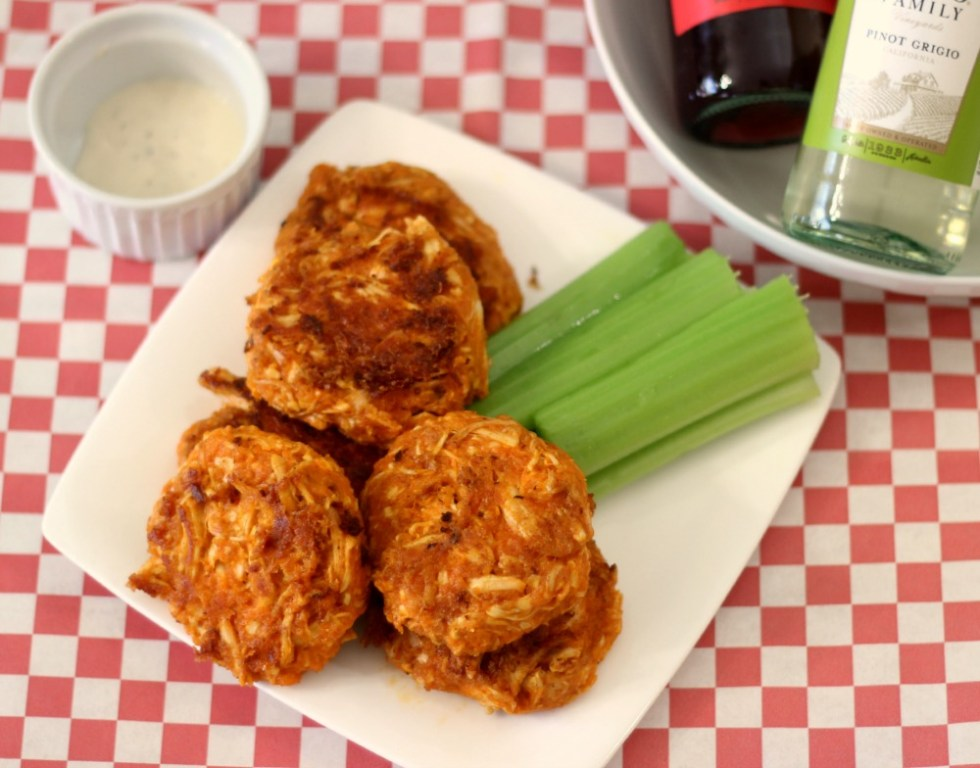 Cheesy Buffalo Chicken Cakes #SundaySupper
