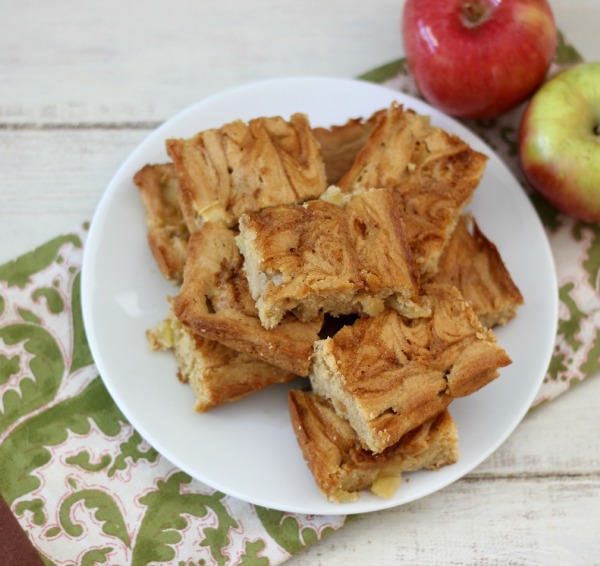 Caramel Apple Snack Cake