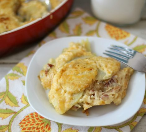 Cheesy Jalapeno and Bacon Potato Au Gratin #SundaySupper