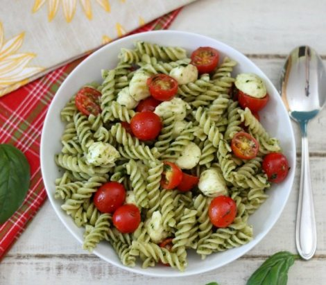 Pesto Pasta Salad #SundaySupper