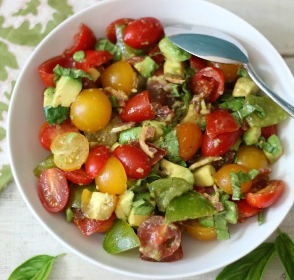 Tomato, Avocado and Bacon Salad #SundaySupper
