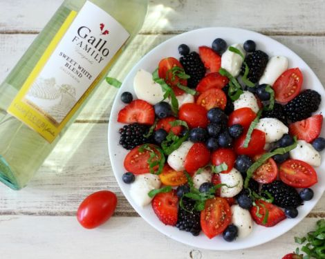 Caprese Fruit Salad #SundaySupper