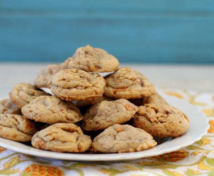 Peanut Butter Butterfinger Cookies