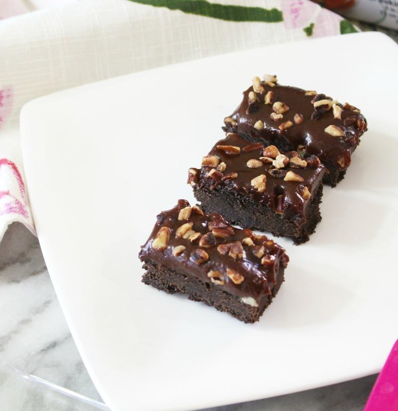 SALTED CHOCOLATE-CARAMEL BARS