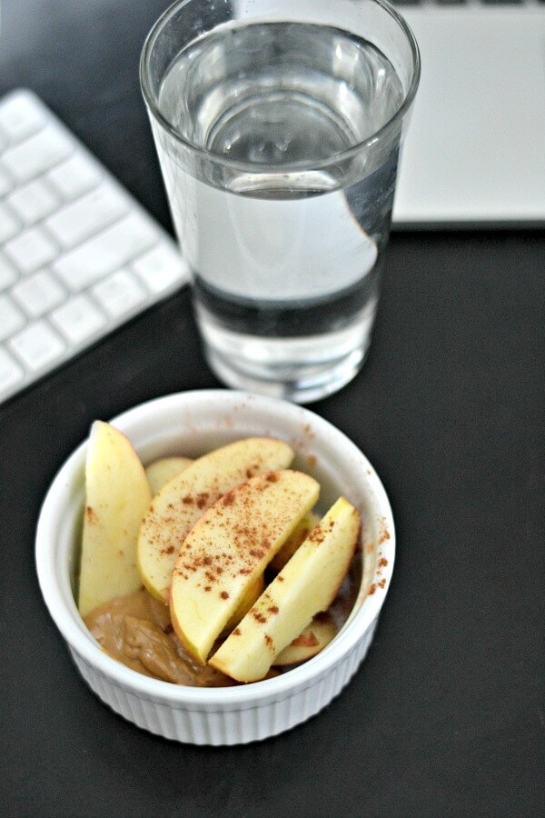 Apples and cashew butter
