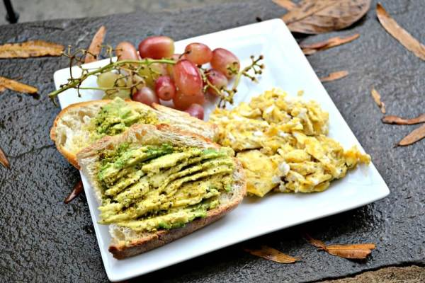 Avocado Toast with Scrambled Eggs and Grapes