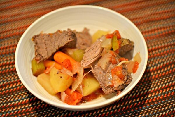 Whole30 Slow Cooker Beef Roas