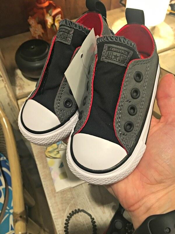 baby converse chuck taylor slip on