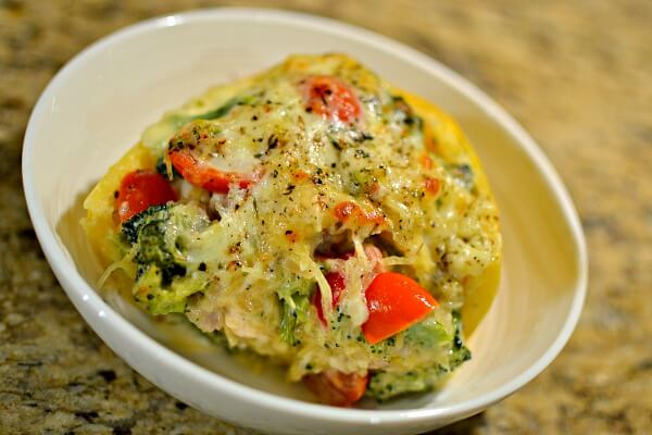 chicken and broccoli stuffed spaghetti squash