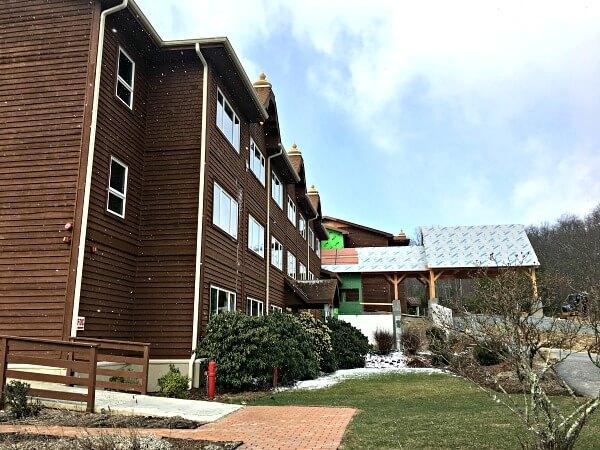 The Art Of Living Retreat Center Spa Building