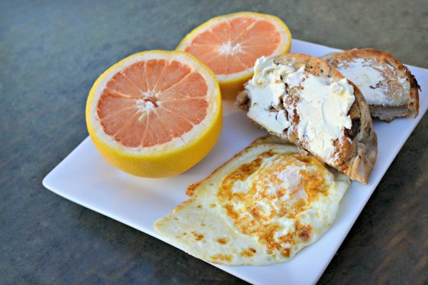fried egg and bagels