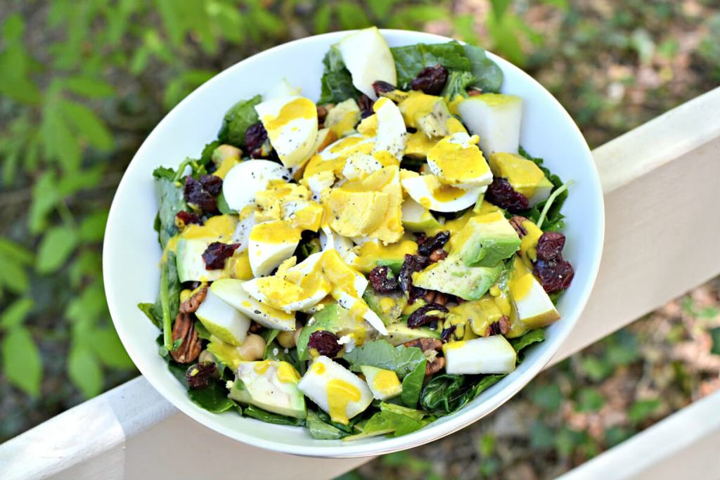 baby kale salad with hardboiled eggs
