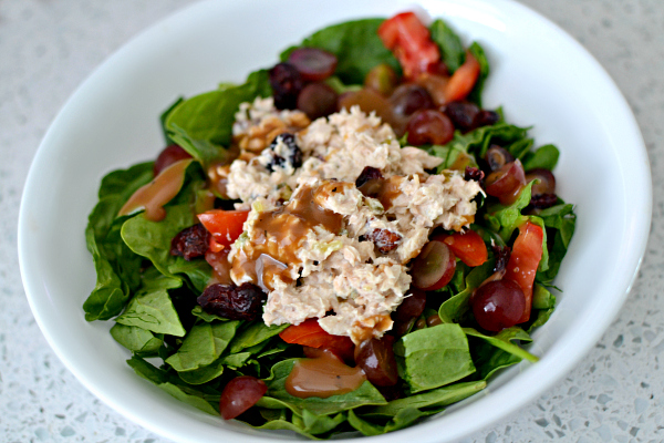 Spinach Salad with Salmon Salad