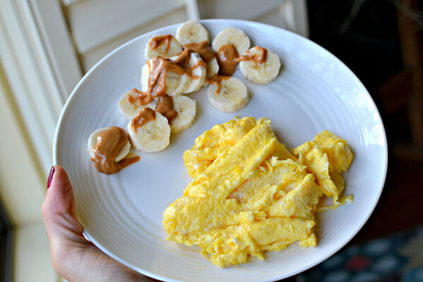 scrambled eggs and banana