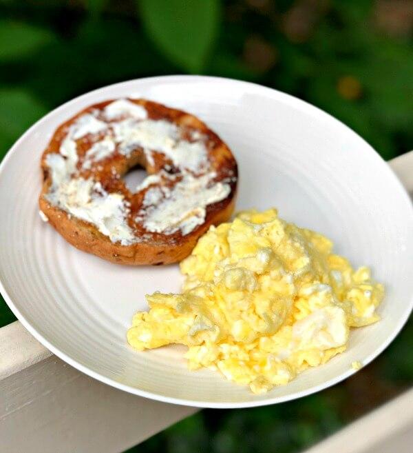 fluffy scrambled eggs