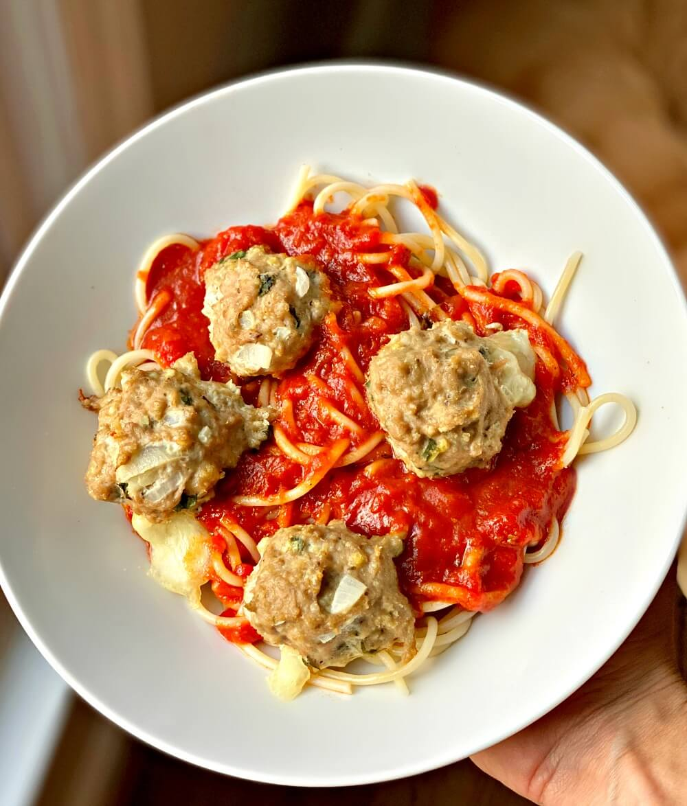 turkey meatballs stuffed with fresh mozzarella