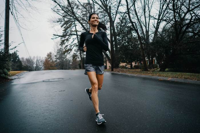 6 Ways To Stay Active & Socially Distanced