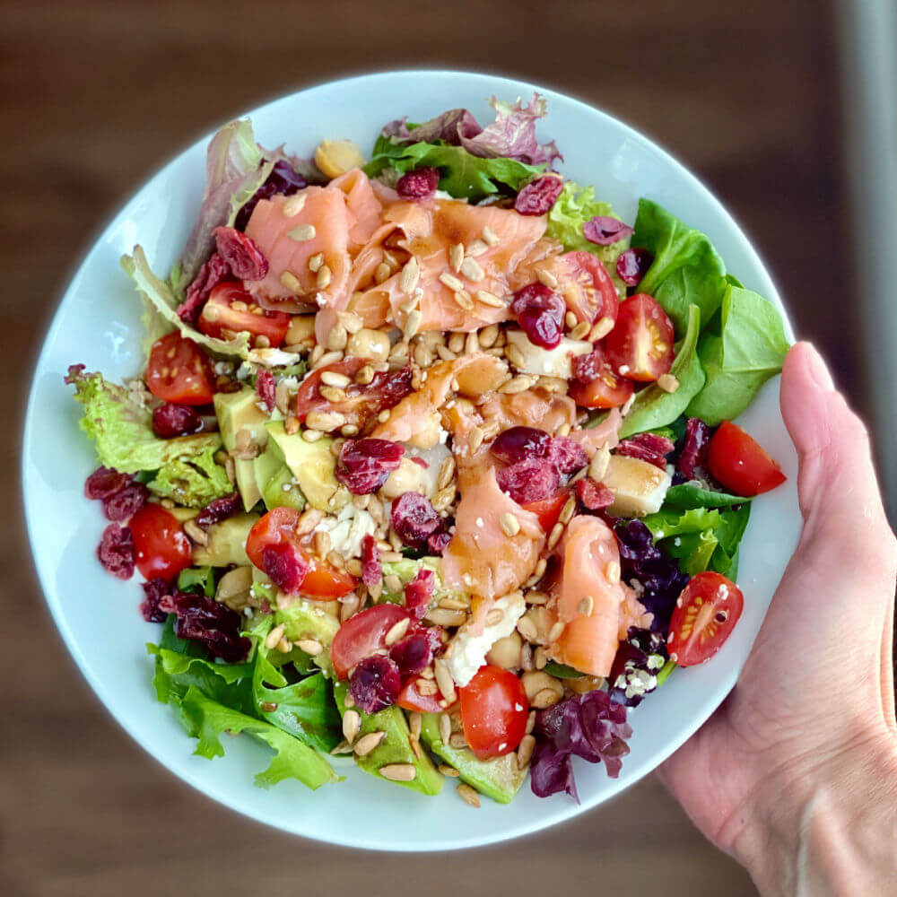 mixed greens with smoked salmon