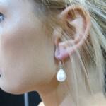 E004-big-white-pearl-earring-Julleen-925 231