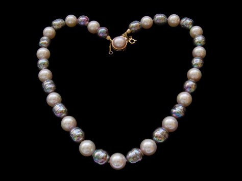 heart of pearl baroque pearls necklace