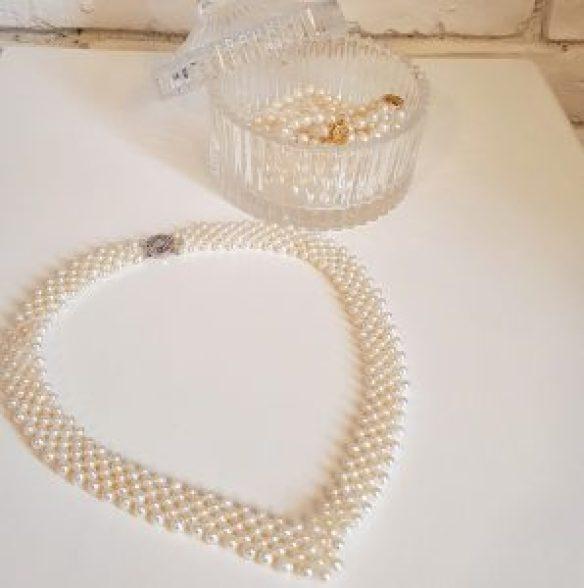 pearl anniversary gift ideas