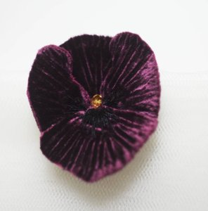 handmade flower brooch