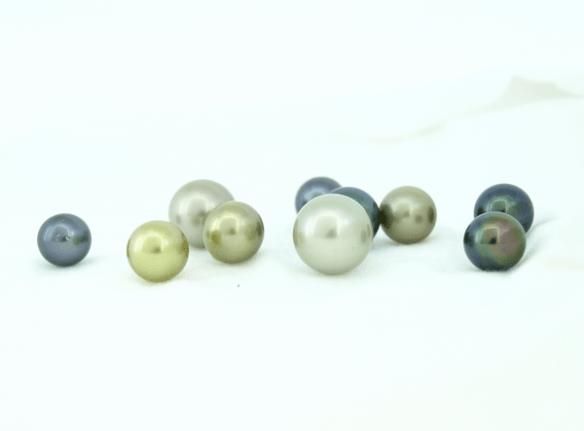 Round Tahitian pearls
