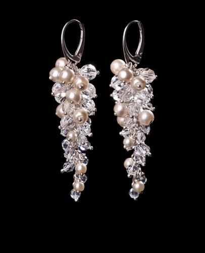cluster pearl stud earrings