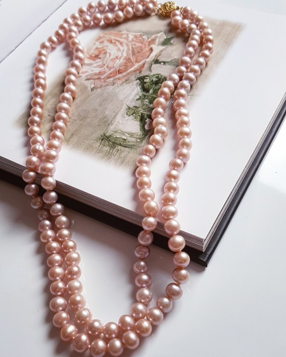 pearl anniversary gift ideas