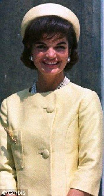 Jackie Kennedy Pillbox Hat: How To Dress And Wear Pearls Like Jackie O. Kennedy