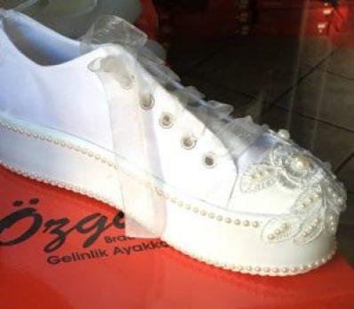 Perlenhochzeit Schuhe