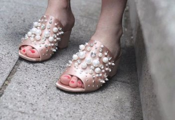 shoes with pearls and rhinestones