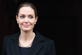 vintage pearl earrings on angelina jolie