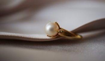 Weißkultiviert Perlenring