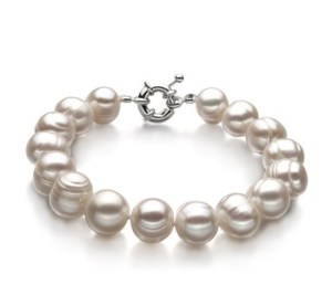 single white pearl bracelet