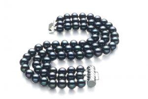 Drei Strang Perlenarmband in schwarz