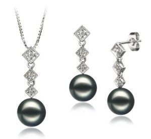 black pearl set